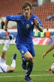l'empolese Rugani, da sempre stella delle Nazionali azzurre giovanili e ora protagonista in prima squadra a 19 anni. al centro della difesa con Tonelli: non era semplice sostituire Regini, ma lui ci sta riuscendo alla grande