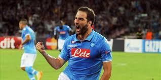 Higuain, straordinario cannoniere e vero trascinatore del Napoli Campione d'Inverno 2015/2016